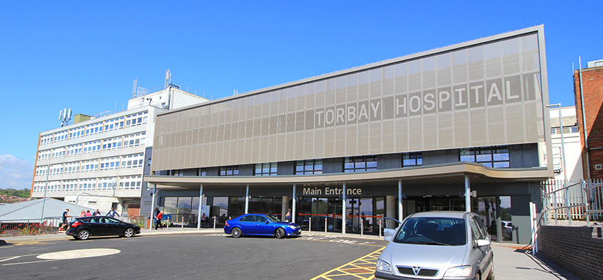 Photo of the main entrance of Torbay Hospital